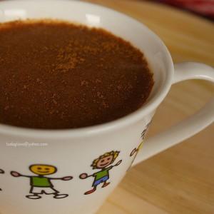 Карамел какао со цимет и каранфилче (може и посно)