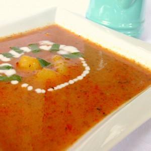 Чорба од домати и печени пиперки