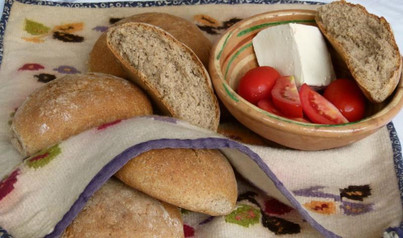 Црн леб со ржано брашно