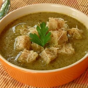 Пикантна супа од брокула