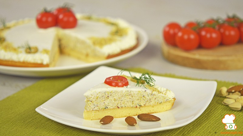 Видео рецепт: Сoлена торта со апетисани