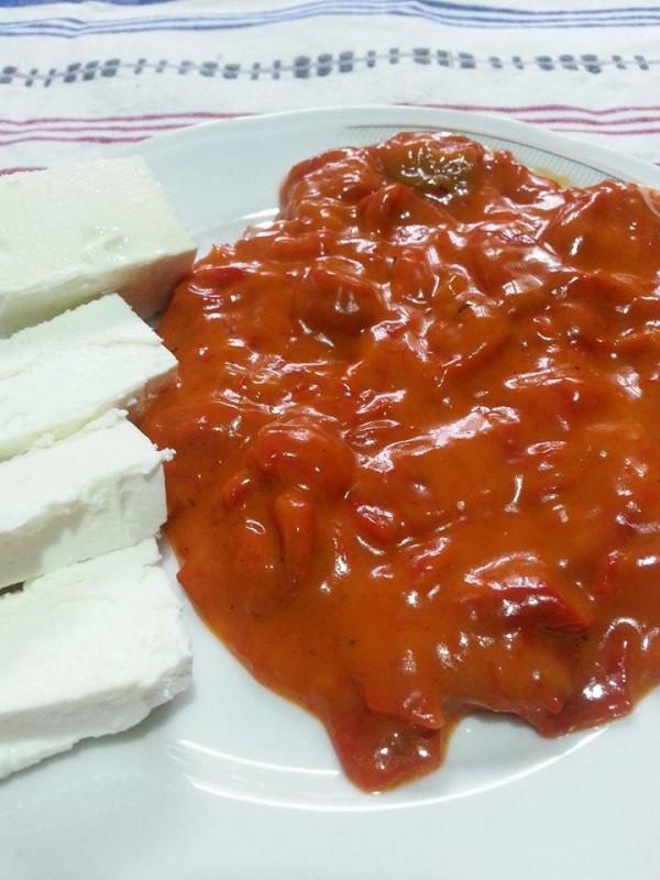Цепкани пиперки со кечап