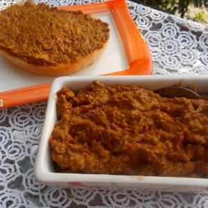 Пинџур со морков и модар патлиџан