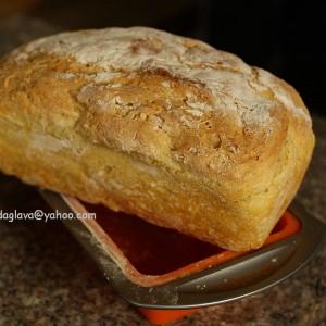 Домашен леб од пченично брашно (интегрално или бело)