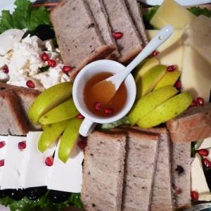 Даска четири сирења (куатро формаџи)