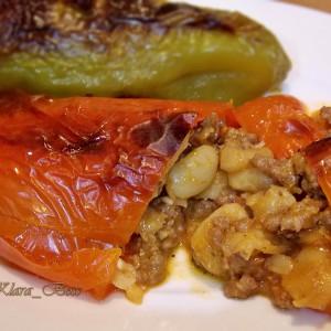 Полнети пиперки со грав и мелено месо