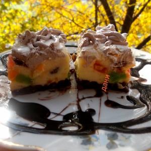 Кремаст колач со желе бонбони