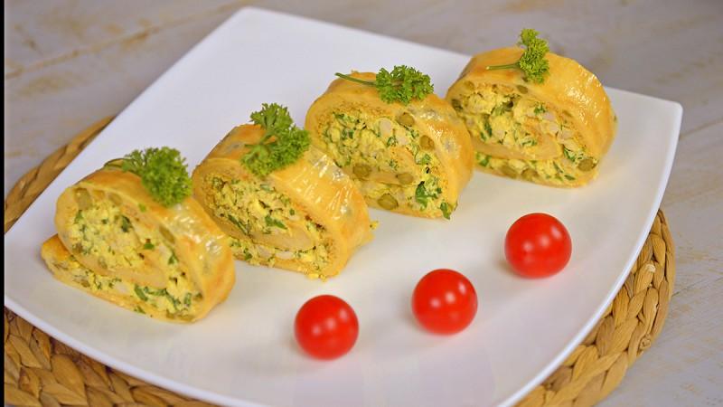 Видео рецепт: Ролат со пилешки стек и грашок