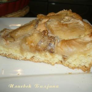 Тарт со јаболка и ореви