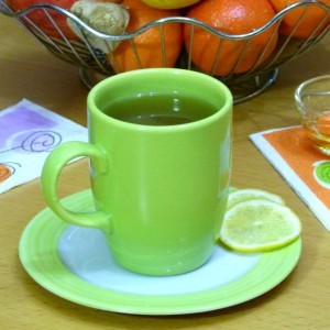 Зелен чај со свеж ѓумбир