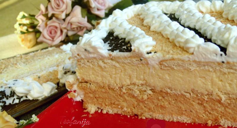 Лесна торта со пудинг и кафе (без печење)