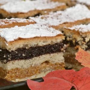 Посна пита колач со ореви и афион