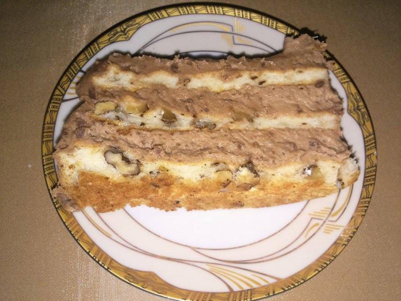 Торта со суви смокви и ореви