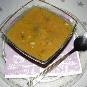 Македонска чорба со печурки