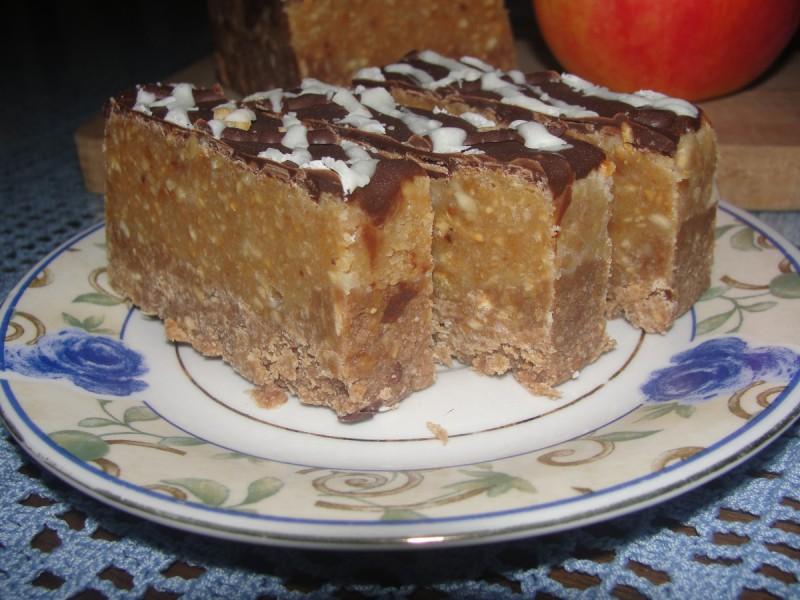 Сникерс торта (без печење)