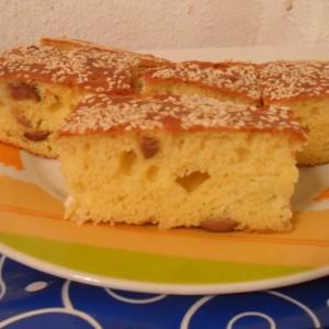 Проја со сирење и маслинки