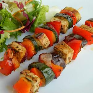 Раженчиња со зеленчук и тофу сирење