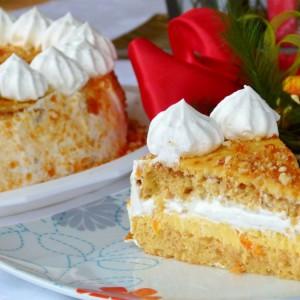 Портокал торта со печени бадеми