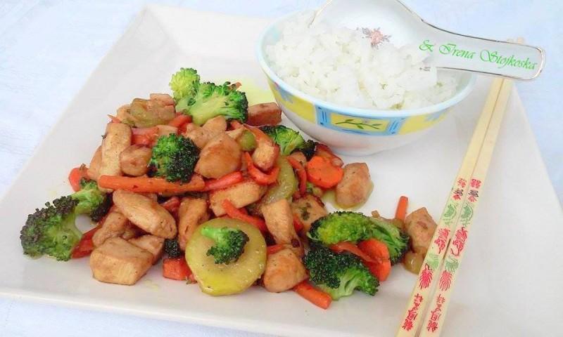 Ручек со пилешко и зеленчук