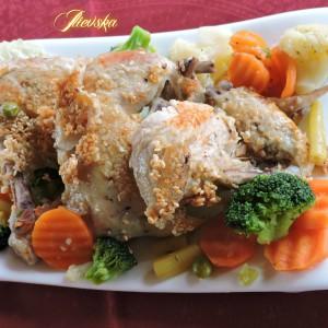 Пилешко со сусам и  зеленчук