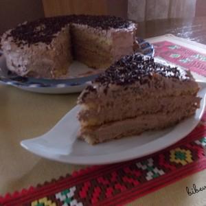 Торта со готов пандишпан