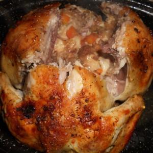 Печено пиле со печурки и кашкавал