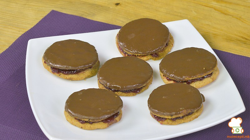 Видео рецепт: Посни чоколадни ванилици