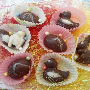 Велигденски мини слатки