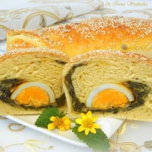 Солена штрудла со варени јајца и штавељ