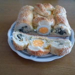 Штрудла со спанаќ и варени јајца