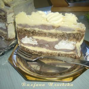Торта со два фила и целуфки