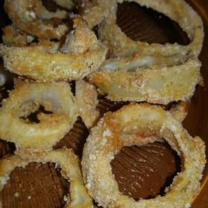 Поховани прстени од кромид во рерна