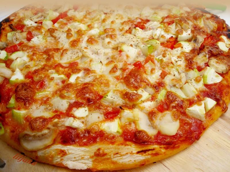 Пролетна пица