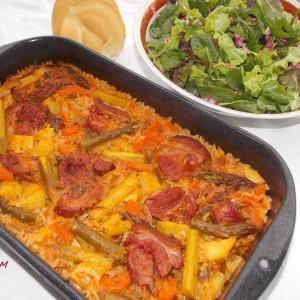Ориз тава со зеленчук и чадено месо