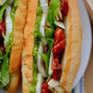 Медитерански сендвич