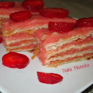 Наполеон торта со јагоди (посно)