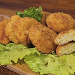 Видео рецепт: Крокети со ориз и сирење