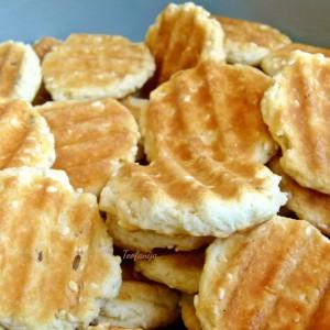 Солени тостерки со сусам и ким
