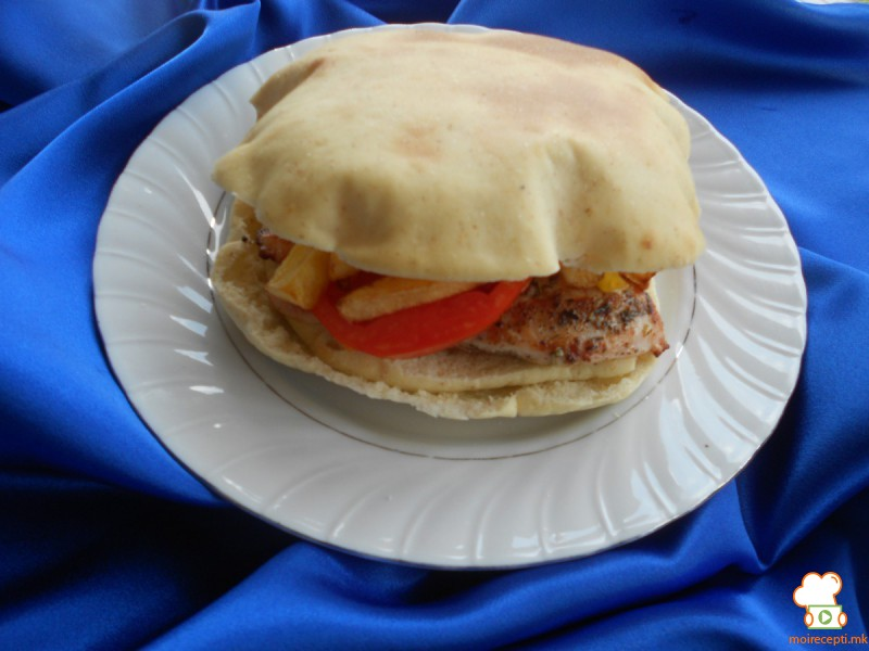 Сендвичи со питаброд