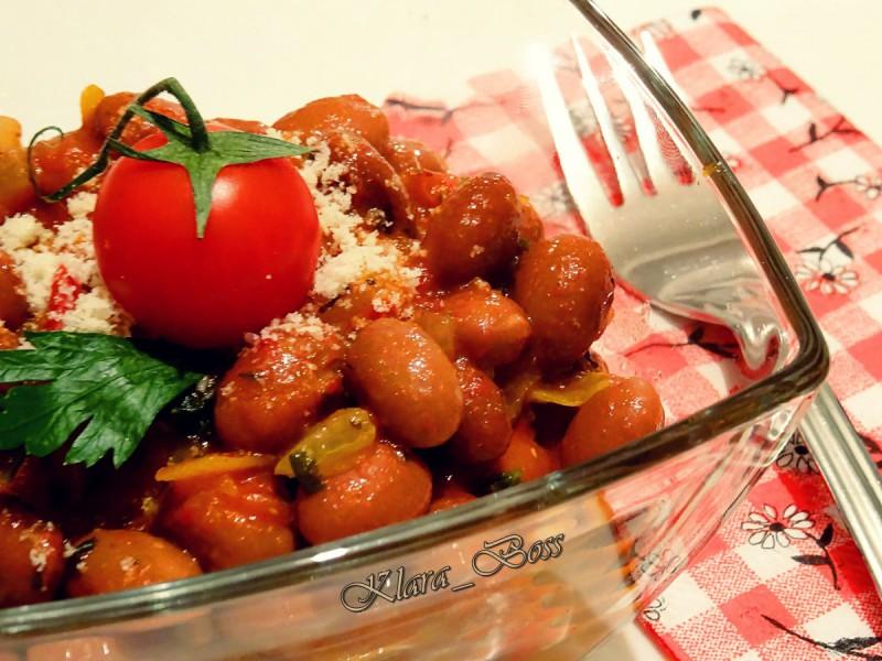 Грав во доматен сос