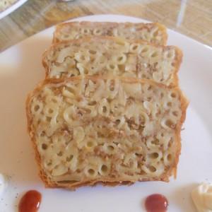Ролат со макарони и мелено месо