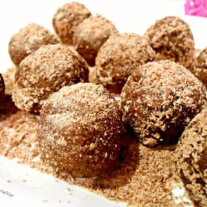 Чоколадни бомбици со наполитанки