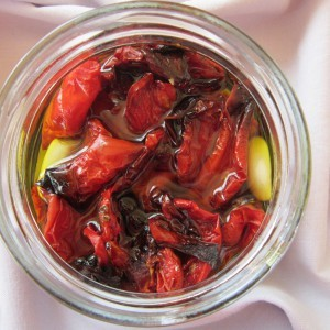 Печени домати во маслиново масло