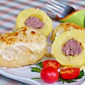 Полнети компири со ќофте