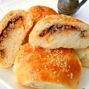 Тутриња со мелено месо