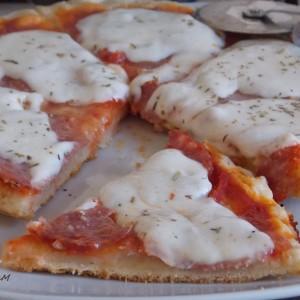 Пица во тава