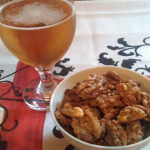 Зачинети печени ореви со пиво