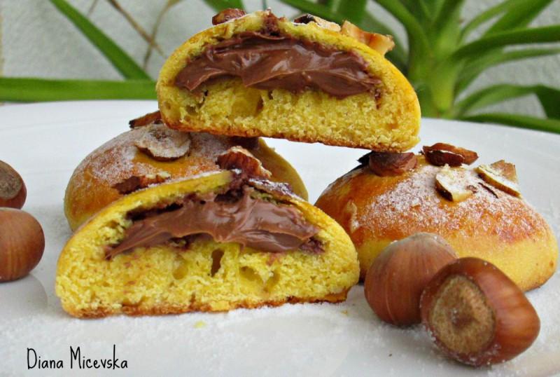 Лешник колачиња со нутела