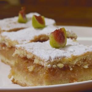 """Видео рецепт: """"Лења"""" пита со јаболка"""