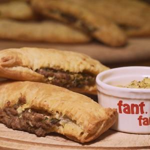 Видео рецепт: Лиснати панцероти со мелено месо и печурки